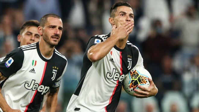 Cristiano Ronaldo y su gol en el triunfo de Juventus sobre Hellas Verona.