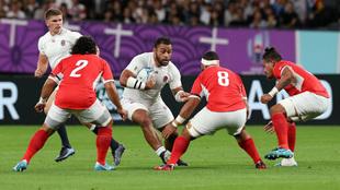 Inglaterra no se esfuerza para arrollar a Tonga