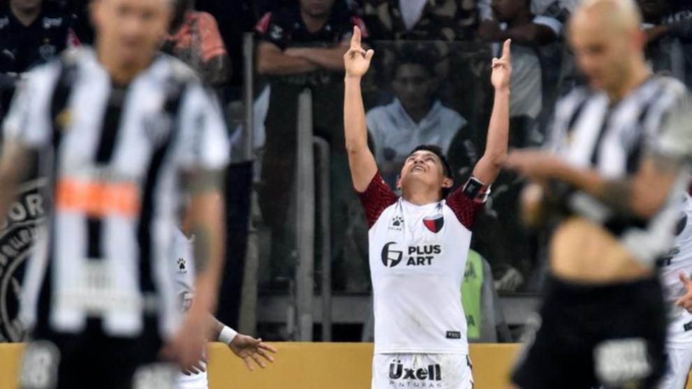 El Pulga Rodríguez, pieza fundamental de Colón en la Copa...