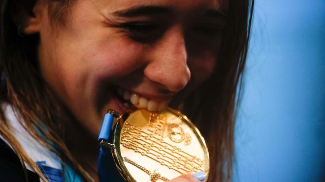 Delfina Pignatiello ganó tres medallas doradas en los últimos Juegos...