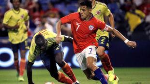 Alexis Sánchez, durante el partido contra Colombia.