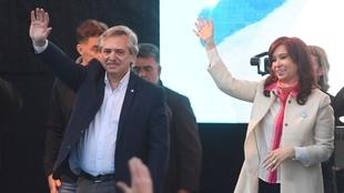 """Los peronistas proclaman unidos su """"lealtad"""" a los..."""