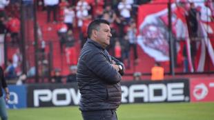 Apuzzo piensa en San Lorenzo como fecha límite