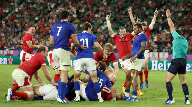 Gales no brilla pero vence a Francia por la mínima y está en...