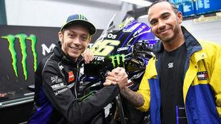 Rossi y Hamilton ya 'negocian' la fecha de su intercambio:...