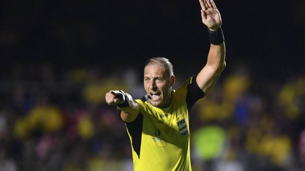 Néstor Pitana dirigirá Independiente vs Lanús