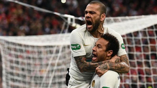 """Dani Alves y el enojo que tuvo con Neymar en el Mundial: """"Es un niño,..."""