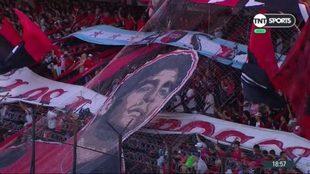 Emocionante y conmovedor recibimiento de Newell's a Maradona.