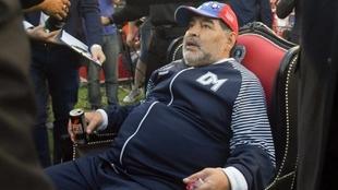 "Sacachispas también hizo su ""trono"" para Diego Maradona"