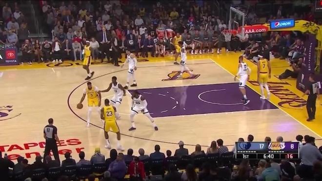 Un histórico Anthony Davis devuelve el 'Showtime' a los Lakers