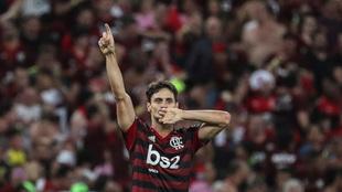 Rodrigo Caio celebra un gol ante Gremio en la semifinal de la...