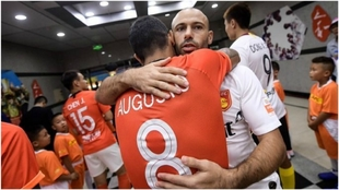 Augusto Fernández y Javier Mascherano.