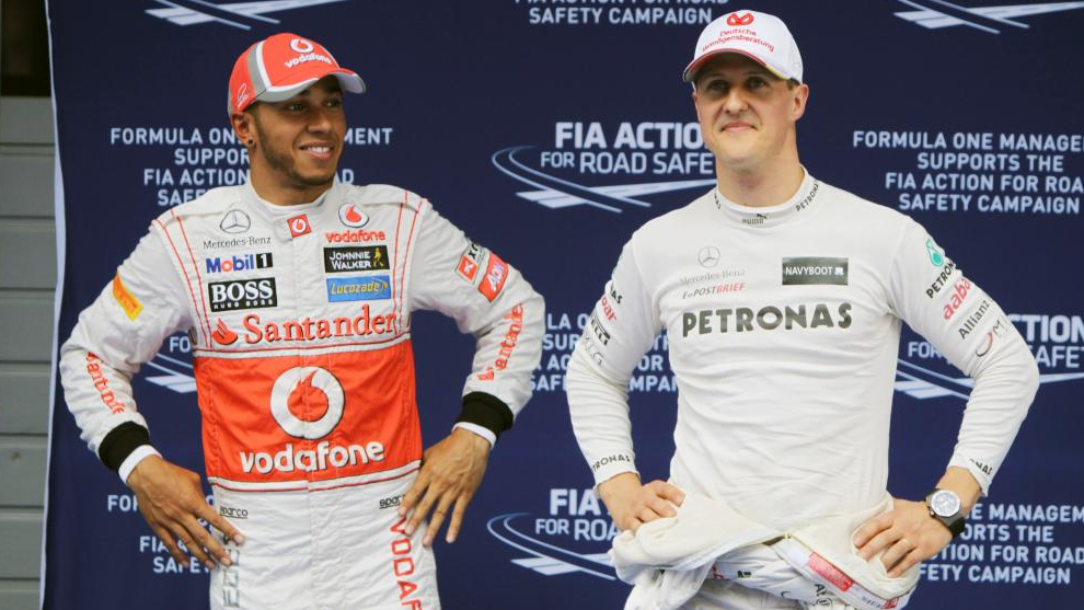 Lewis Hamilton y Michael Schumacher, en China 2012
