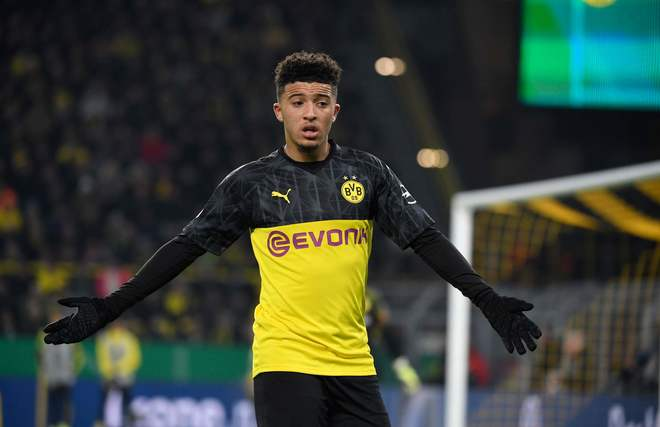 Sancho festeja un gol con el Dortmund.