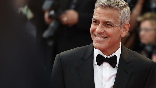George Clooney gastó sus ingresos publicitarios en un satélite que...