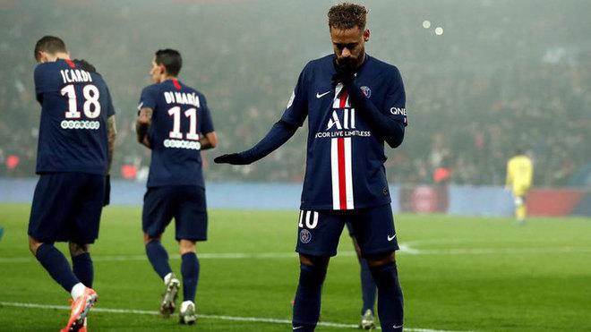 ¿Mandó a callar Neymar a la afición del PSG en la celebración del...
