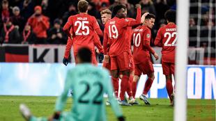 El Bayern derrota al Tottenham pero Lewandowski se queda sin récords