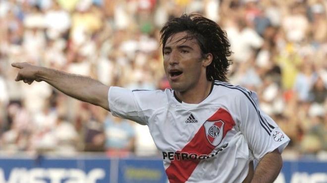 Ernesto Farías vuelve a River