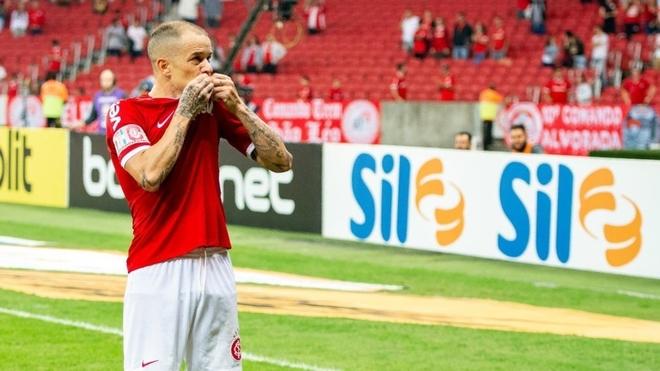 D'Alessandro renueva con Inter de Porto Alegre hasta diciembre de 2020