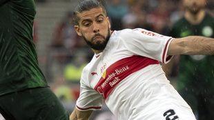 Emiliano Insúa durante un partido de la Bundesliga.