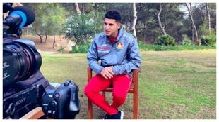 Palacios, durante la entrevista con la tele del Leverkusen.