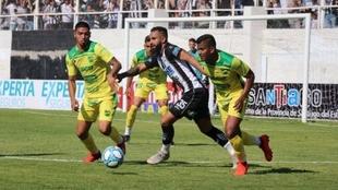 Vélez e Independiente van por Jonathan Herrera