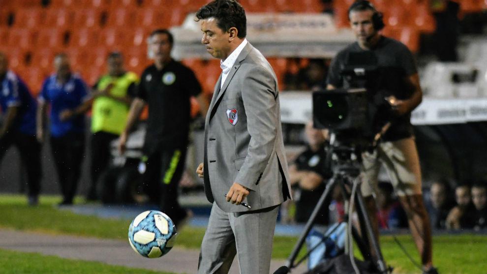 Marcelo Gallardo, técnico del líder.