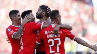 Independiente golea a Rosario Central