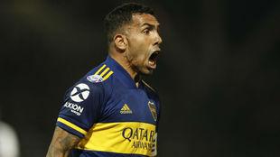 Tevez anotó el gol del triunfo.