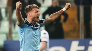 Ciro Immobile festeja uno de sus 25 goles con la Lazio.