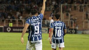 Merentiel celebra su gol, el segundo.