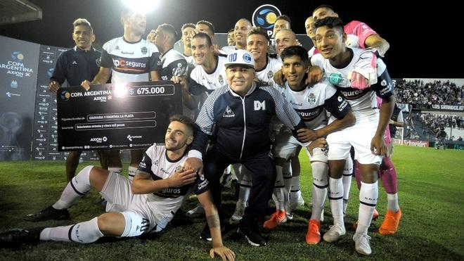 El Gimnasia de Maradona avanza en su debut en Copa Argentina