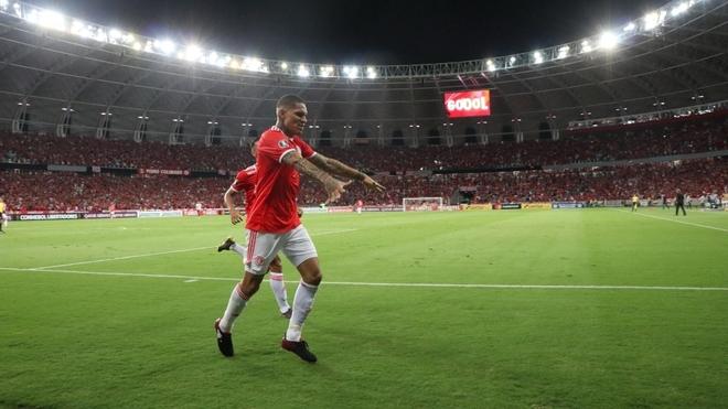 La conexión D'Alessandro-Guerrero mete al Inter en la fase de grupos