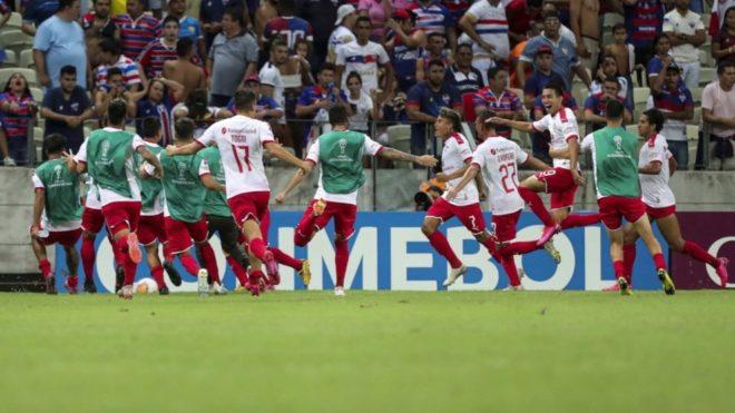 Independiente descuenta a los 93 y logra una milagrosa clasificación
