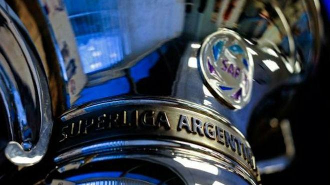 El trofeo más deseado por River: la Superliga.