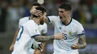 Lionel Messi y Rodrigo De Paul.