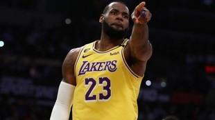 """""""La inteligencia de LeBron James le ayudará a jugar en la NBA..."""