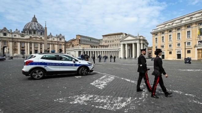 Italia registra 2.972 nuevos casos de contagiados, la cifra más baja...