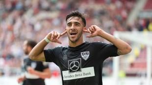 Nico González celebra un gol con el Stuttgart.