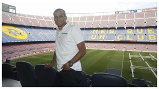 Rivaldo, durante una entrevista en el Camp Nou.