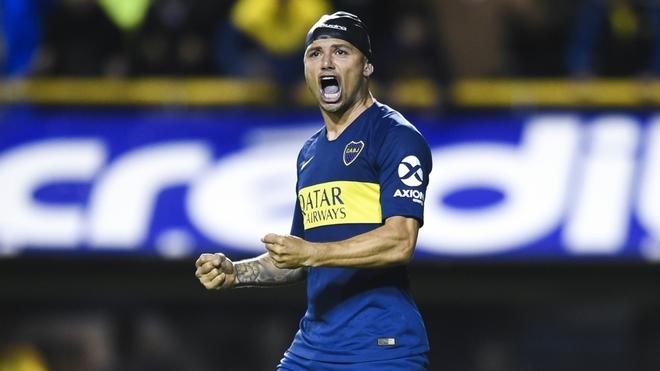 Mauro Zárate dispara contra Vélez por un posible regreso: