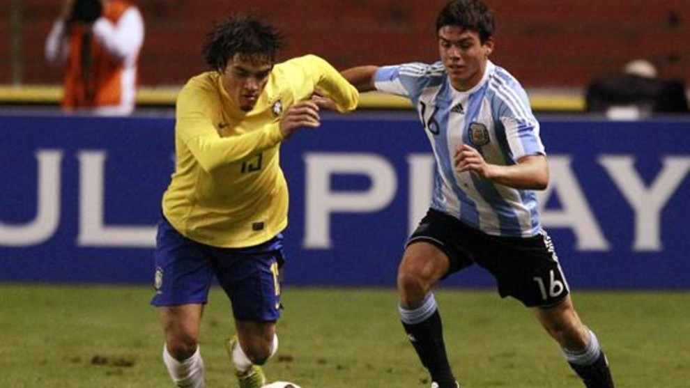 Silva, jugando con Argentina ante Brasil.