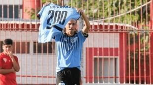 Daniel Vega celebra un gol con la camiseta de la UAI.