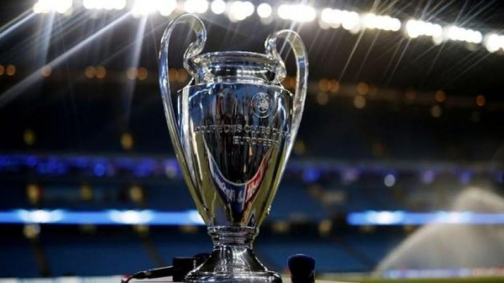 El trofeo de la Champions League, será alzado en principio el 23 de...