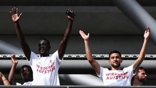 Nico González festeja el ascenso con Stuttgart
