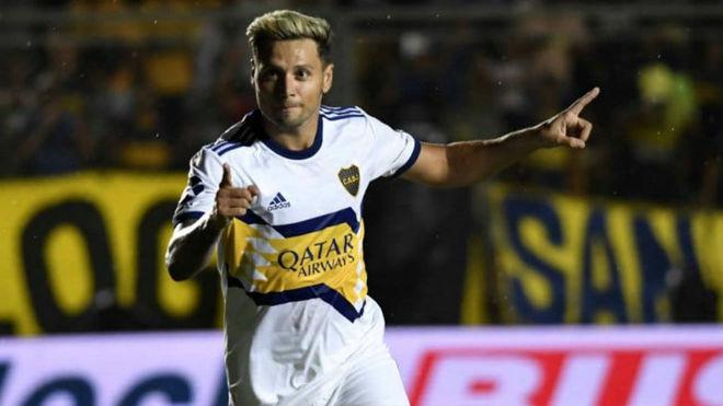Mauro Zárate seguiría en Boca.