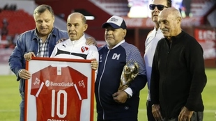 Bochini junto a Maradona en el Libertadores de América