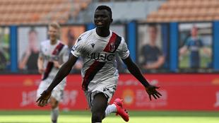 Musa celebra el gol del empate del Bolonia ante el Inter.