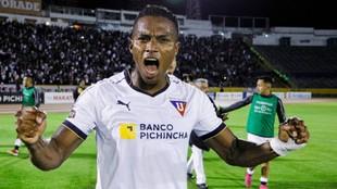 Antonio Valencia viene de jugar en Liga de Quito.