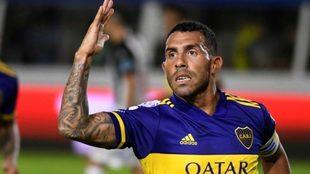 Carlos Tevez seguirá en Boca.